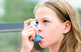 Eindelijk een handleiding voor step-downbeleid bij astma