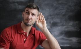 Experimenteel gehoorimplantaat slaagt erin hersengolven te registreren