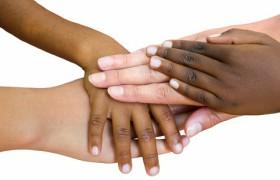 Mandela's woorden bewaarheid: jonge kinderen oordelen niet op huidskleur