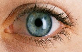 Nieuwe techniek remt progressie oogaandoening